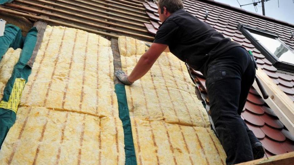 Klettergurt Funktion : Bühl: handwerker wird bei dacharbeiten lebensgefährlich verletzt