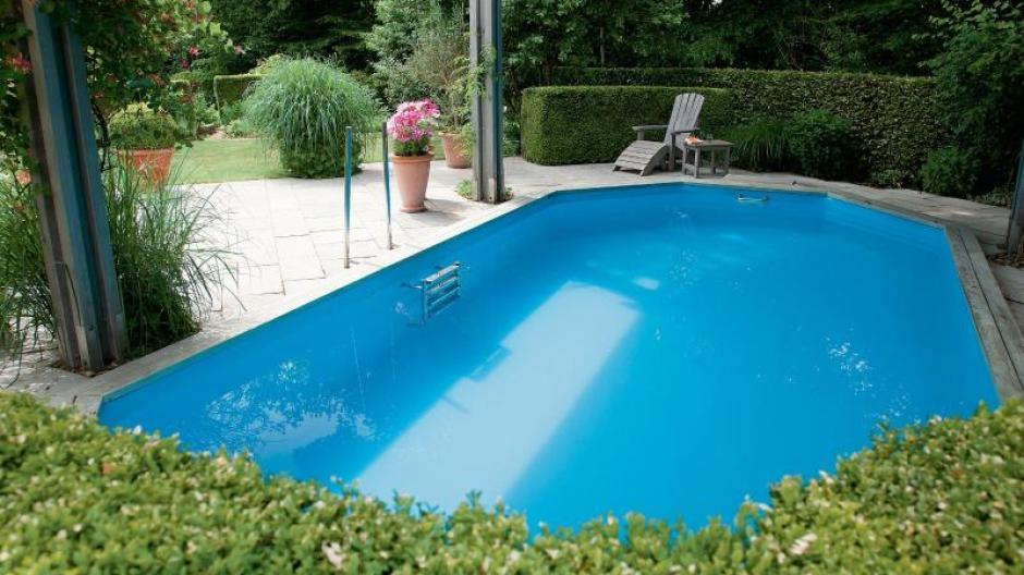 Immobilien Schwimmen Auf Engem Raum Pools In Kleine Garten Bauen