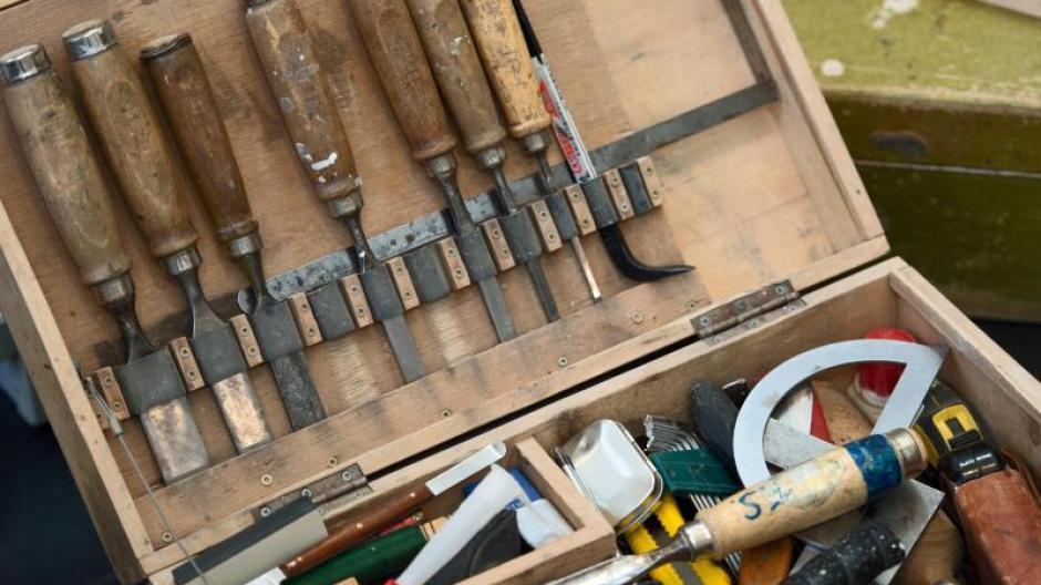 Reparatur zu Hause: Neue Türzarge mit kleinem Abstand zu Boden ...