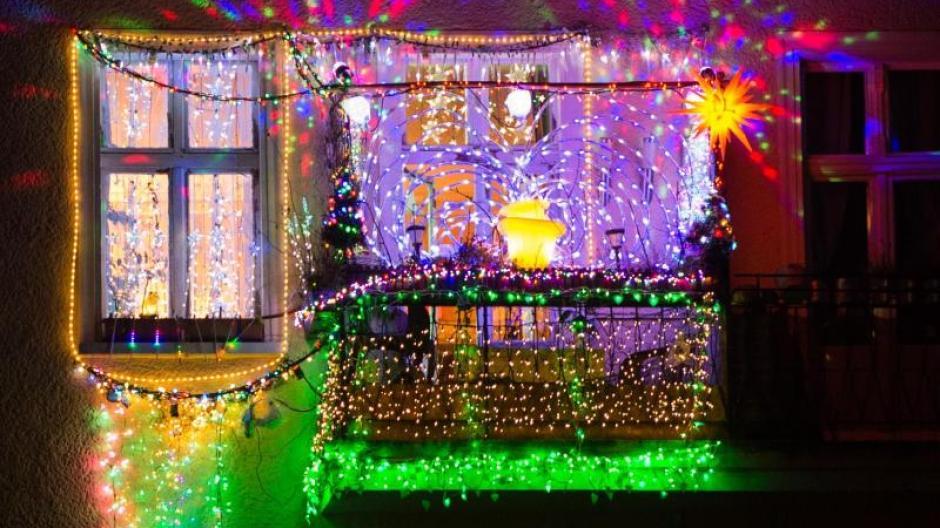 Rentiere und Zimtduft: Weihnachtsdeko in der Wohnung hat Grenzen ...