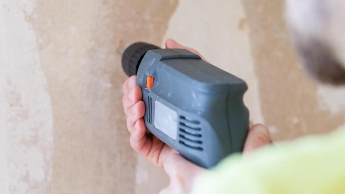 Schäden vermeiden: Mieter muss für Schäden beim Montieren von ...