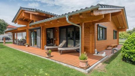 Vor allem bei Einfamilienhäusern wird die Holzbauweise immer beliebter.