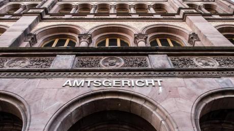 Der Vermieter muss die Aufteilung der geltend gemachten Hauswartkosten für den Mieter nachvollziehbar darlegen, so das Amtsgericht in Münster. Foto: Guido Kirchner