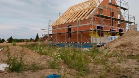 Neubauten lassen sich so planen, dass sie Starkregen und Hochwasser trotzen.