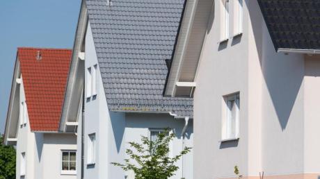 In Tussenhausen können zukünftig junge Familien bauen. Der Gemeinderat hat hierfür den Weg frei für den Bebauungsplan gemacht.