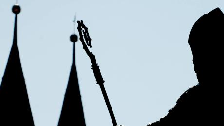 Der EichstätterDom:In der Stadt spielt einer der größten Finanzskandale der katholischen Kirche.
