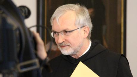 Im Mittelpunkt des öffentlichen Interesses: der Eichstätter Bischof Gregor Maria Hanke. Auch am Tag, nachdem der Prüfbericht zum Finanzskandal in seinem Bistum veröffentlicht worden ist, gab es wieder Rücktrittsforderungen.