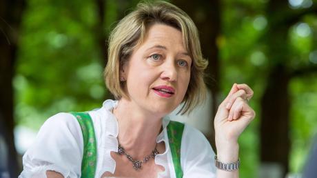 Anja Weisgerber(CSU) befürwortet europaweit höhere Flugabgaben.