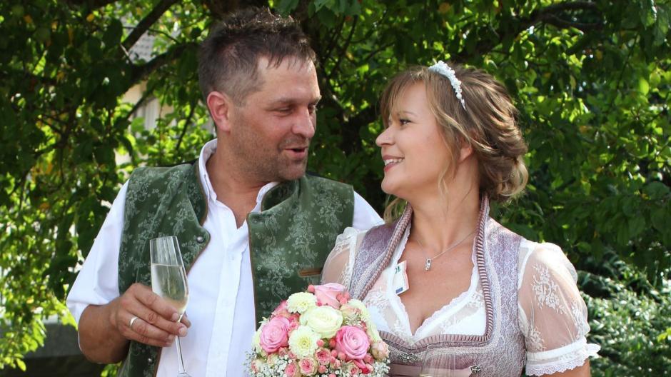 Sielenbach Bauer Sucht Frau Stephan Und Steffi Heiraten Mit 300 Gasten Aichacher Nachrichten