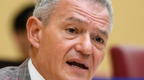Horst Arnold, SPD-Fraktionschef, fordert ein Recht auf Nicht-Erreichbarkeit.