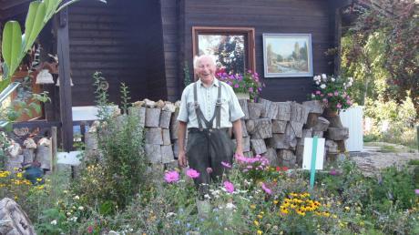 Hans Urban ist 77 Jahre alt und quicklebendig – trotzdem hat er unlängst seinen eigenen Leichenschmaus gefeiert.