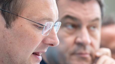 Hans Reichhart (links) gehört bald nicht mehr dem Kabinett Söder an.