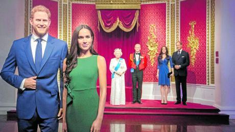 Im Wachsfigurenkabinett von Madame Tussauds in London hat man reagiert und die Figuren von Prinz Harry und Herzogin Meghan vom Rest der königlichen Familie entfernt.