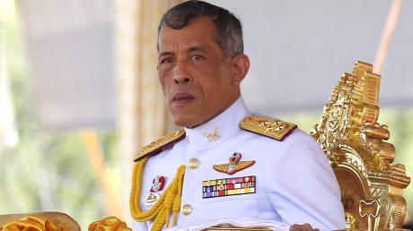 Der thailändische König Maha Vajiralongkorn, genannt Rama X.,liebt Bayern. Deshalb hat er sich in der Corona-Krise hier auch ein Hotel gemietet.