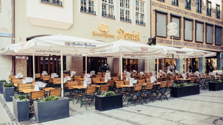 Der Donisl zählt zu den traditionsreichsten Wirtschaften in München. Dass er vor allem bei Touristen beliebt ist, sorgte lange für stabile Umsätze.