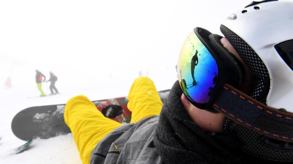 Tirol ist nicht nur einangesagtes Wandergebiet, sondern vor allembei Skifahrern beliebt. Momentan ist Tirol, wie auch Vorarlberg, aber Corona-Risikogebiet.