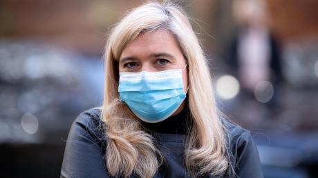 """Bayerns Gesundheitsministerin Melanie Huml hat anstrengende Monate hinter sich. """"Es war Neuland für uns alle"""", sagt sie über die Corona-Pandemie. """"Es gibt keine Blaupause."""""""