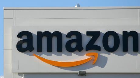 Um Amazon-Mitarbeiter in Graben machen sich Politiker von Bayern-SPD und Grünen Sorgen. Gewerkschaftern zufolge handelt es sich um einen Corona-Hotspot.
