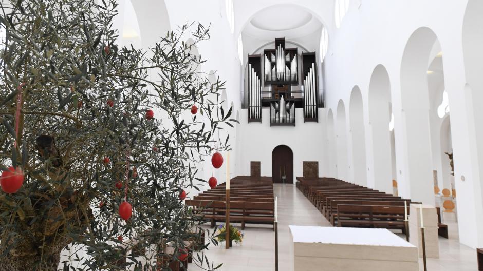"""""""Der Kirchenraum ist zurzeit unser Haupt-Seelsorgeangebot"""", sagt Pfarrer Helmut Haug über die Augsburger Moritzkirche."""