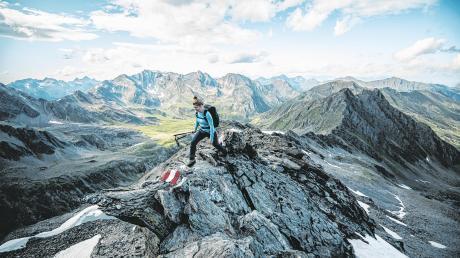 """Berge und Natur soweit das Auge reicht: """"Munich Mountain Girls"""" ist eine Gemeinschaft von Frauen, die Leidenschaft für die Berge auf Social Media und im Leben miteinander teilen, sich gegenseitig inspirieren sowie ermutigen."""