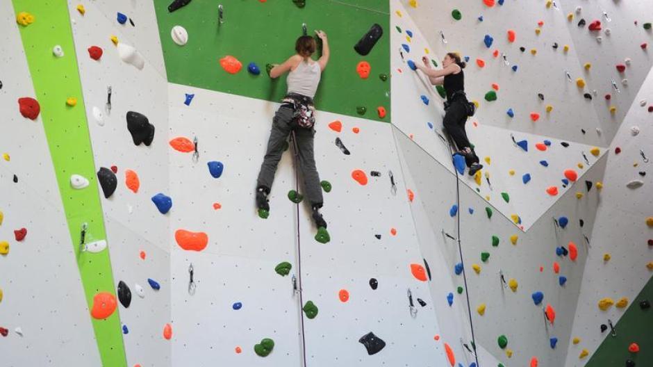 Kletterausrüstung Ulm : München: frau stürzt in kletterhalle und stirbt nachrichten bayern