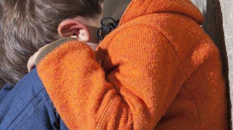 In der Corona-Krise durchleben Kinder und Jugendliche mitunter schwere Zeiten (Symbolbild).