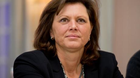 Ilse Aigner ist seit November 2018 Präsidentin des Bayerischen Landtags. Im Interview erklärt die CSU-Politikerin wie sich die Arbeit der Abgeordneten durch Corona verändert hat.