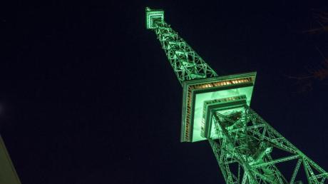 St. Patrick's Day 2020: Datum und Brauchtum. Sogar der Berliner Funkturm erstrahlt anlässlich des irischen Feiertags St. Patrick's Day in grün.