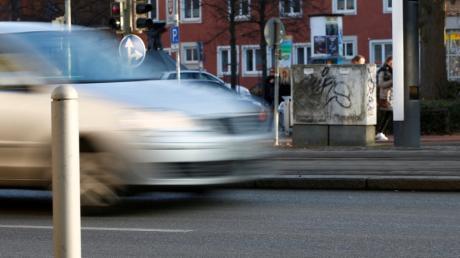 Fahrerflucht ist ein häufiges Delikt - vor allem, wenn es um kleinere Blechschäden geht.