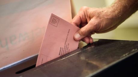 Bei der Bundestagswahl 2021 geben auch die Wählerinnen und Wähler im Wahlkreis Main-Kinzig - Wetterau II - Schotten ihre Stimmen ab. Die Ergebnisse finden Sie in diesem Artikel.