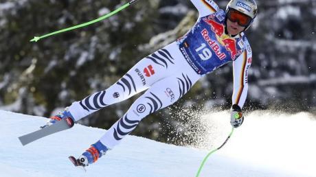 Schnell ins Ziel: Thomas Dreßen hat den größten Triumph im alpinen Ski-Weltcup gefeiert. Der Oberbayer gewann die legendäre Abfahrt in Kitzbühel und durfte sich als erster deutscher Streif-Champion seit Sepp Ferstl vor genau 39 Jahren feiern lassen. Foto: Marco Trovati