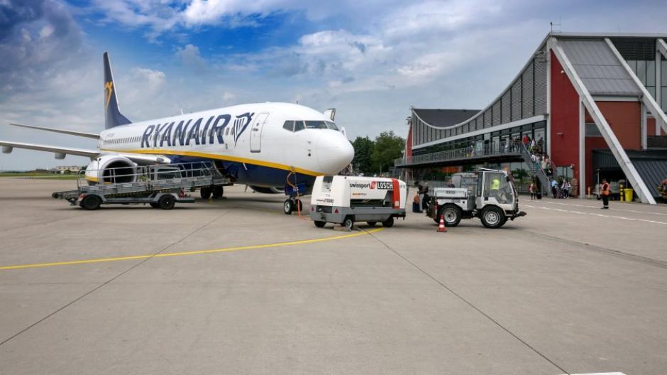 In 5 Minuten - Flugplatz Memmingen Ryanair