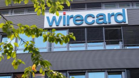 Der Kurs der Wirecard-Aktie ist nach Medienberichten mehrmals abgestürzt. Nun ermittelt die Staatsanwaltschaft gegen einen Journalisten.