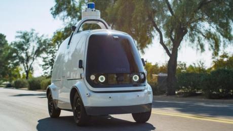 Ein Roboterwagen der Firma Nuro.ai. Experten sind sich sicher, dass autonome Fahrzeuge wie diese in Zukunft  als Transportmittel für Menschen dienen.