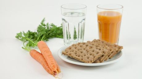 Für viele ist das Fasten der Einstieg in eine gesündere Ernährungsweise.