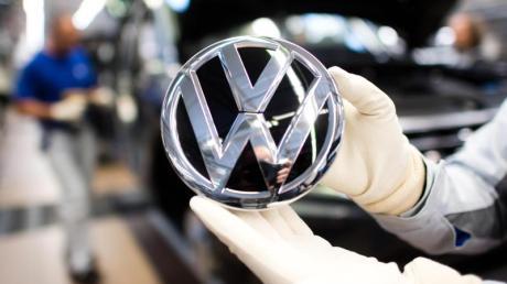 VW fährt die Produktion in der Corona-Krise herunter.