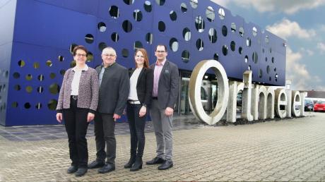Doris und Anton Burghard sowie deren Kinder Ramona und Michael (von links) sind stolz auf das Wachstum der Firma.