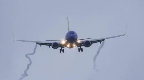 Eine Boeing 737 Max 8 der Southwest Airlines im Landeanflug auf Flughafen von Houston. Foto: Yi-Chin Lee/Houston Chronicle/AP/Archiv
