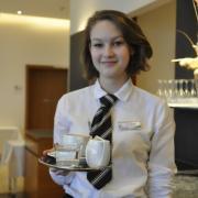 Wasser Hotel Parkhotel Bedienung Symbolbild Kaffee