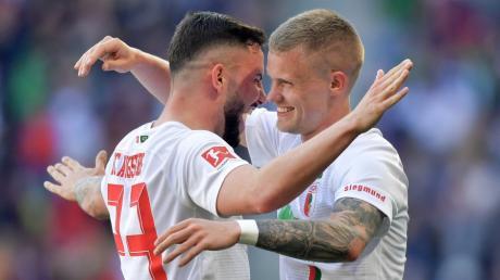Marco Richter und Philipp Max sorgten im April 2019 für den klaren 6:0-Sieg gegen Stuttgart. Sky zeigt das Spiel nochmal.