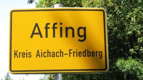 Wer ist ab 1. Mai Bürgermeister von Affing? Es gibt drei Bewerber: Amtsinhaber Markus Winklhofer, Zweiten Bürgermeister Gerhard Faltermeier und Carlos Waldmann treten an.
