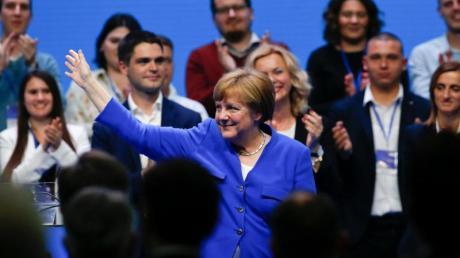 Bundeskanzlerin Angela Merkel während der gemeinsamen EVP-Wahlkampfveranstaltung vor der Europawahl. Foto: Darko Vojinovic/AP
