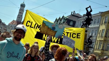 Auch am Freitag werden wohl wieder zahlreiche Menschen in Augsburg in den Klima-Streik treten. Doch wie steht die Stadt beim Thema Klimaschutz da?