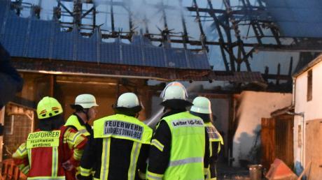 Eine Scheune in Wolferstadt ist am Freitagabend in Flammen aufgegangen