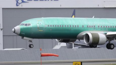 Boeing ist neben der Klage der Pilotengewerkschaft mit zahlreichen Klagen von Angehörigen der Absturzopfer konfrontiert.