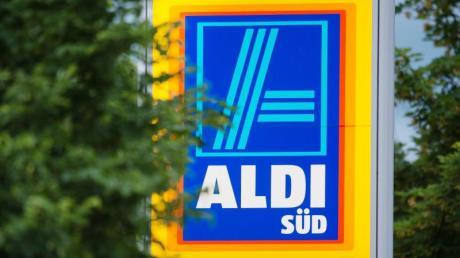 Ein Unternehmen ruft Aldi-Hackfleisch wegen Kunststoffstücken im Fleisch zurück.
