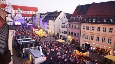 Der Blick auf die Partyzone in der Maxstraße.