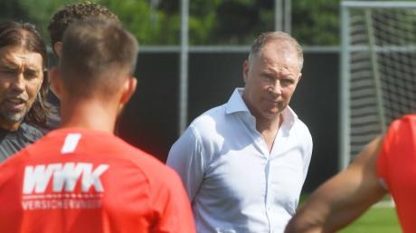 FCA-Manager Stefan Reuter könnte noch einmal auf dem Transfermarkt aktiv werden.