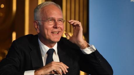 "Harald Schmidt gab bei ""Augsburger Allgemeine Live"" im Goldenen Saal den Dirty Harry."