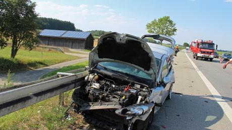 Ein Unfall hat sich am Mittwochnachmittag gegen 16.50 Uhr auf der A7 bei Illertissen (auf Höhe von Jedesheim) ereignet.